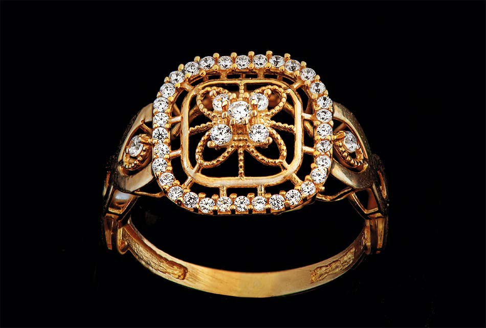 karats in a ring